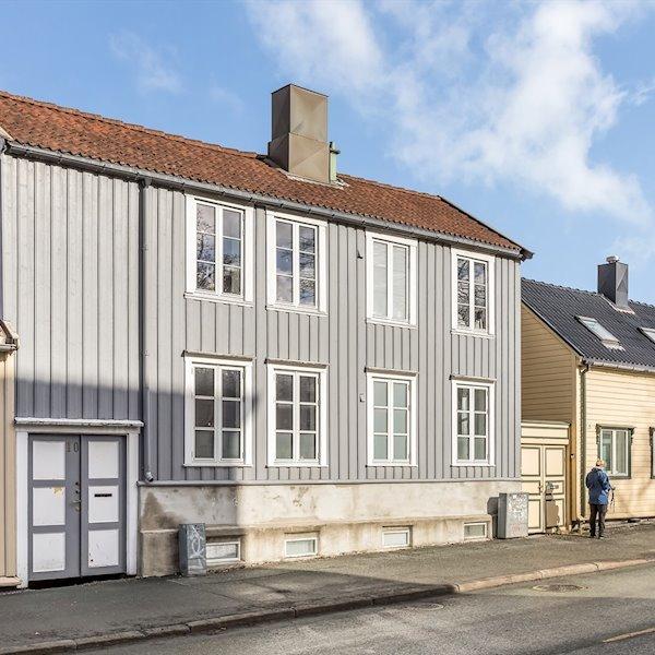 Klostergata 10